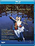 The Nutcracker: Staatsballet Berlin [Blu-ray]