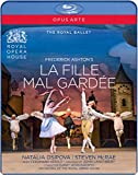 Ashton:La Fille Mal Gardee [Natalia Osipova; Steven McRae; Philip Mosely; Christopher Saunders; Paul Kay; Orchestra of the Royal Opera House] [OPUS ARTE: BLU RAY] [Blu-ray]